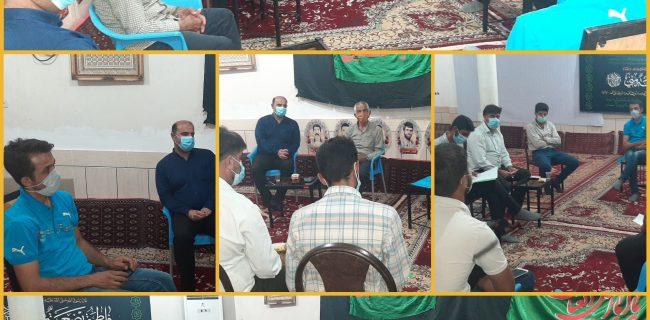 جلسه پایگاه مقاومت بسیج شهید محمودی هلایجان با دهیاران و اعضای شورای روستاهای سرکان علیا و چنارستان